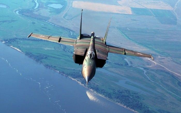 Миг-25 в воздухе