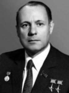 Генрих Новожилов