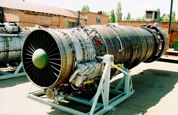 двигатель истребителя-перехватчика Миг-25