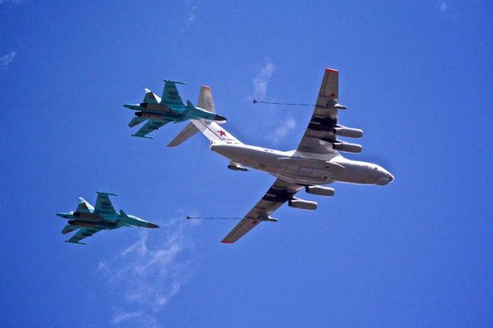 дозаправка в воздухе двух Су-34