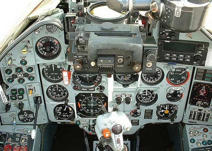 кабина су-17м4