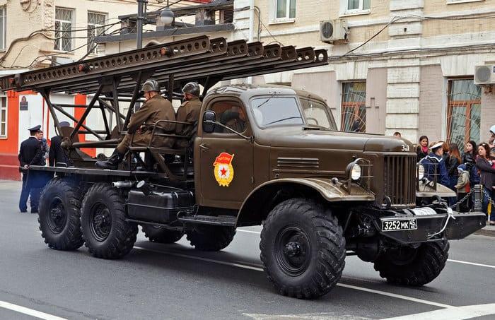 Зил-157 с орудием