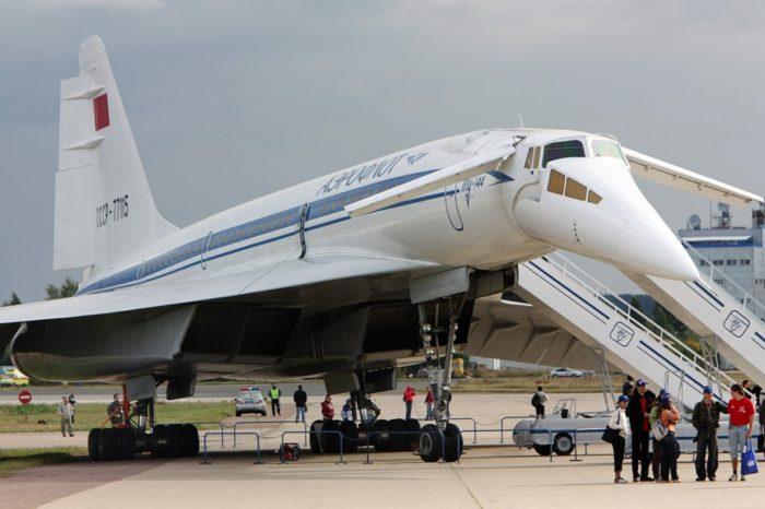 советский сверхзвуковой Ту-144