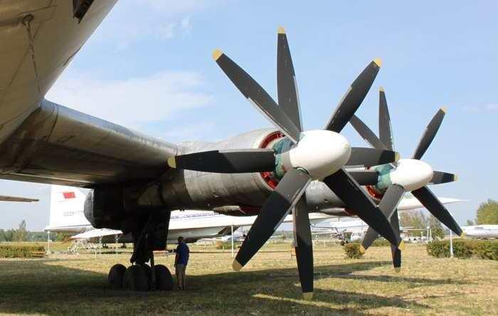 ТУ 114 двигатели