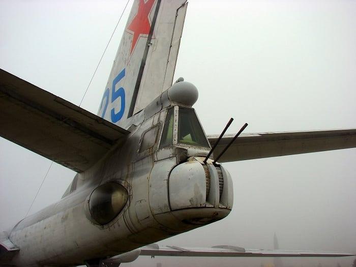 Хвостовая часть самолета Ту-16
