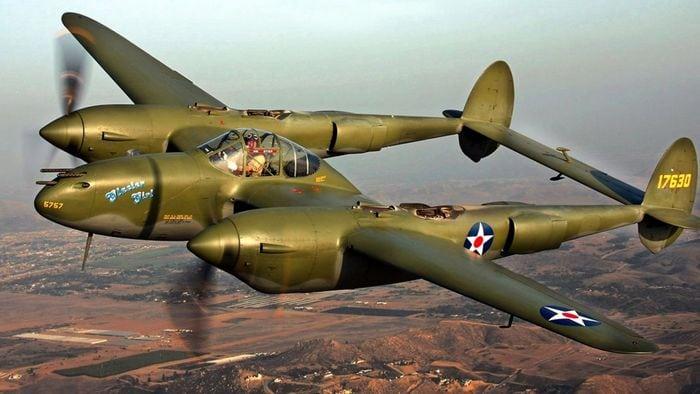 P-38 в небе