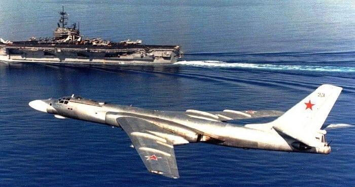 Советский тяжёлый двухмоторный реактивный Ту-16