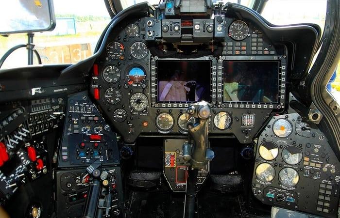 Кабина Боевого Вертолета