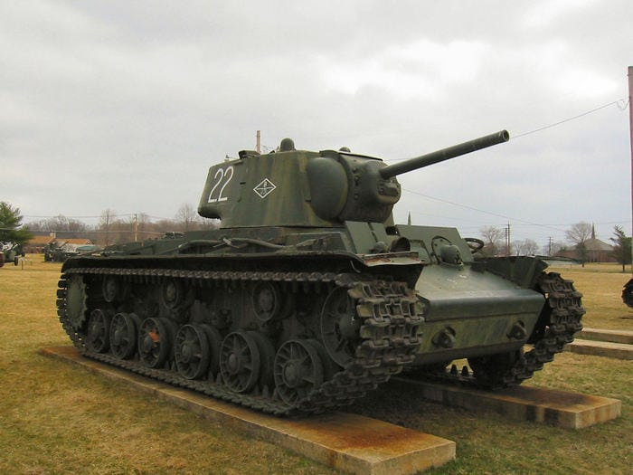 Танк Кв-1 фото