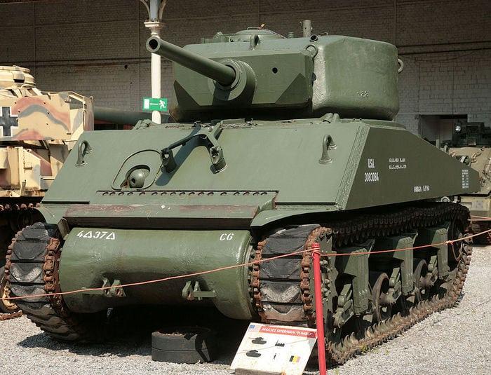 M4A3E2_Sherman_Jumbo