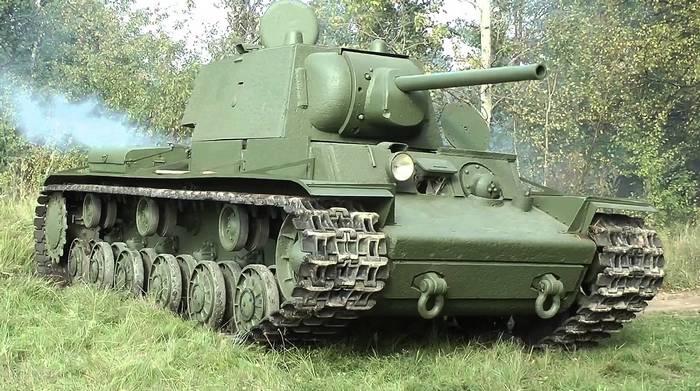 Советский танк Кв-1