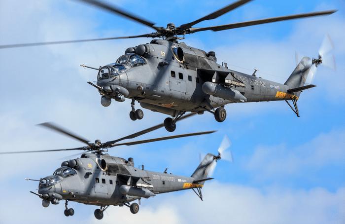 Ми-35 Вертолет Фото