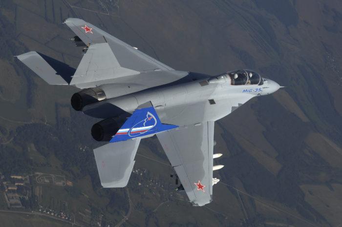 Перспективный российский истребитель Миг-35