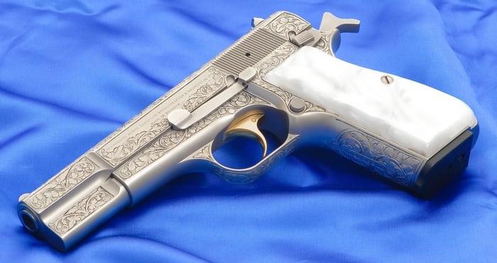 коллекционная модель пистолета