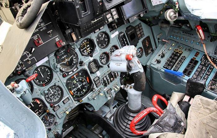 кабина су-27