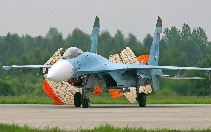 су-27 с паращютом