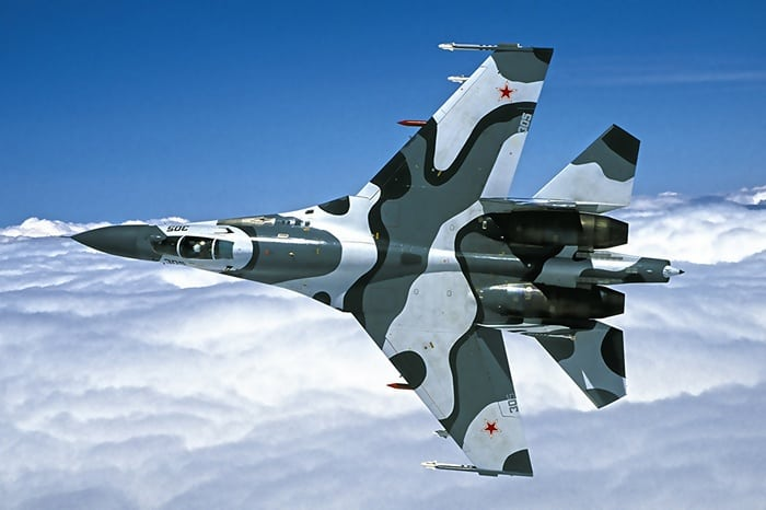 су-27 в небе