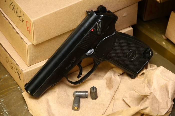 Пистолет Р 411 – настоящий Макаров, только звукошумовой