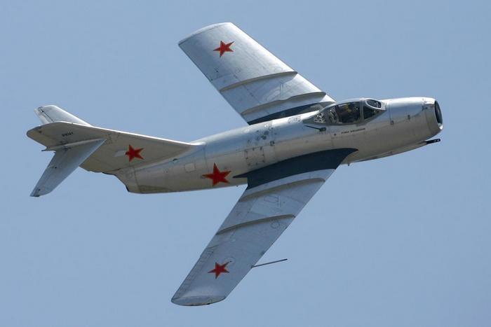 самолёт миг15