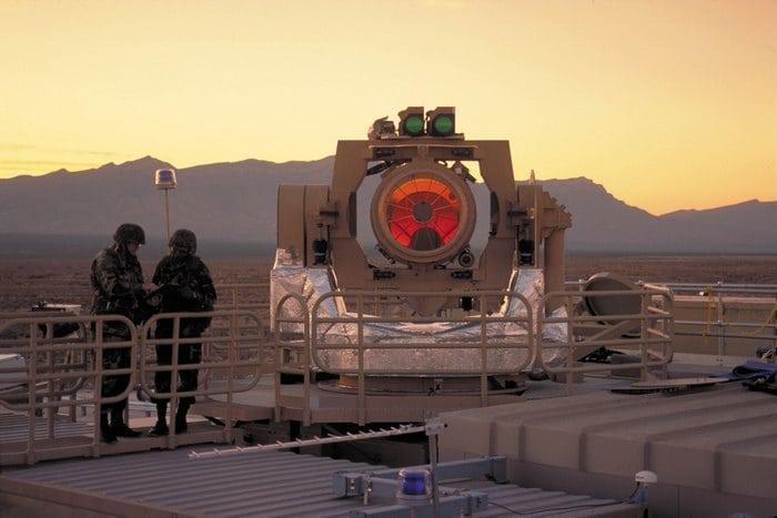 военный лазер