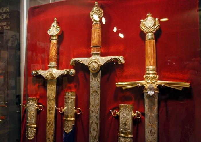 Златоустовские мечи
