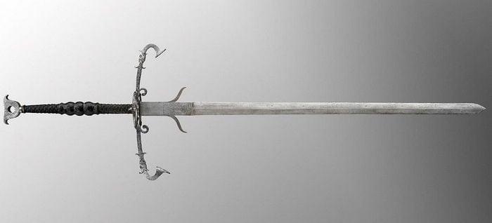 Цвайхандер меч