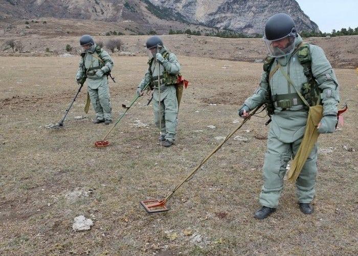 Сапёры в поисках мин