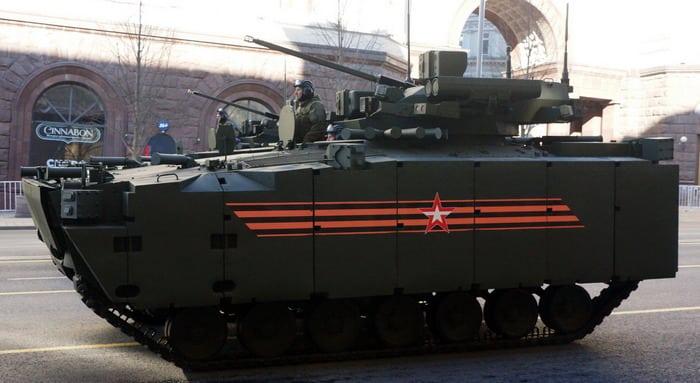 БМП Курганец-25 в Москве