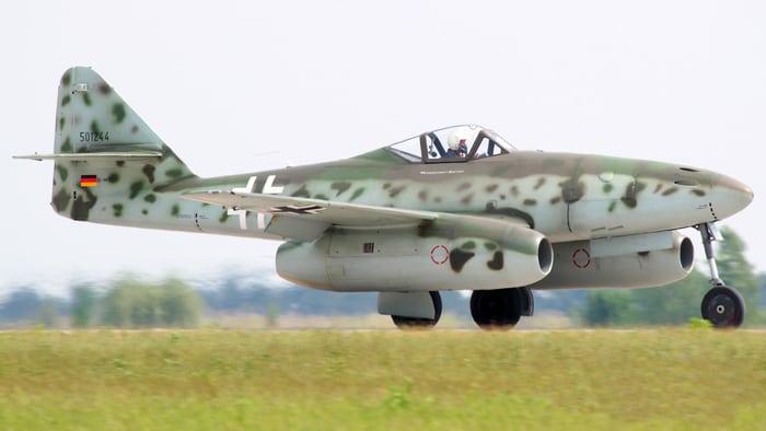 Messerschmitt ME.262 поле