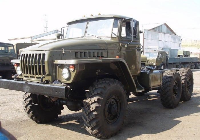 Shassi-Ural-375