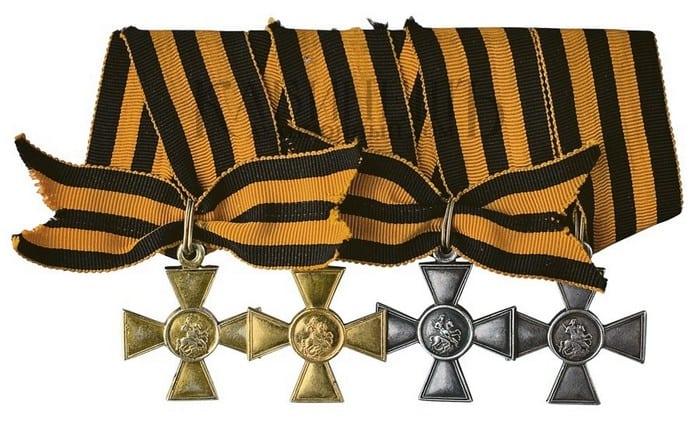 Георгиевские кресты с лентами