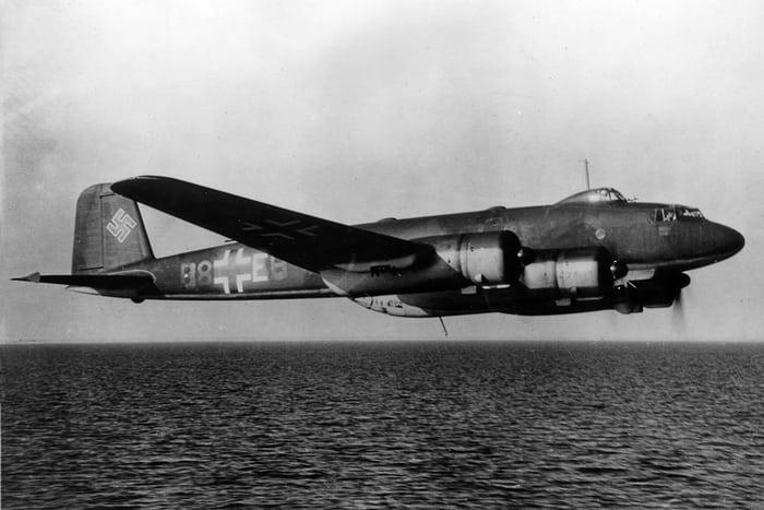 FW 200 над морем