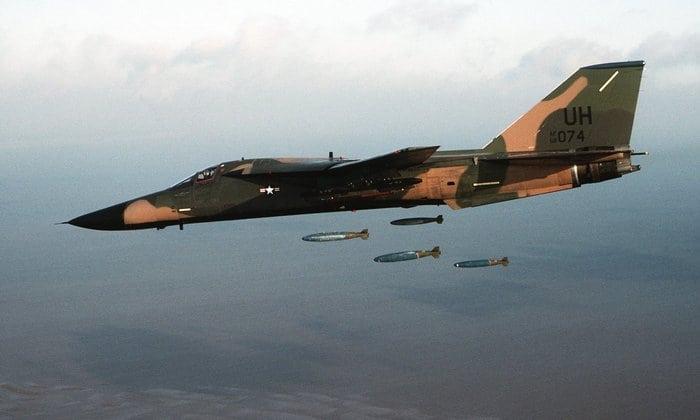F-111 Aardvark бомбы