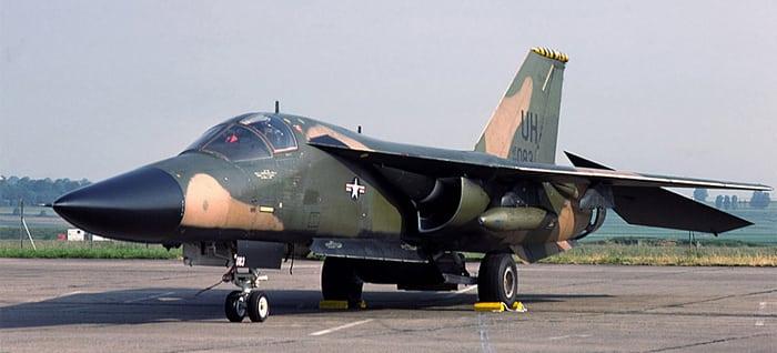 F-111. Тактический бомбардировщик