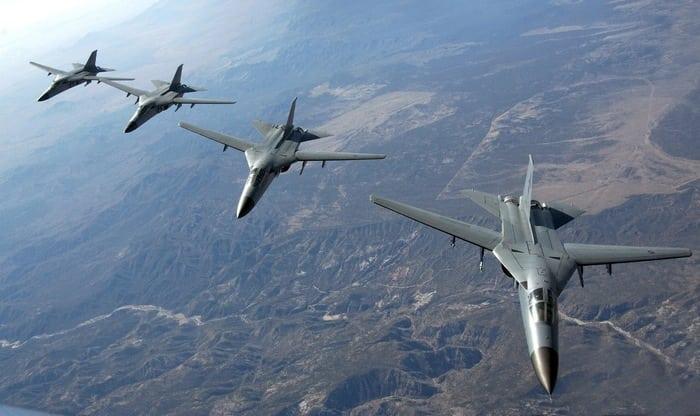 F-111 Aardvark в полёте