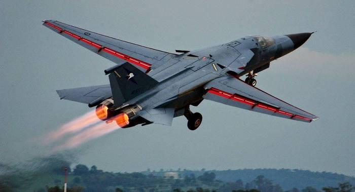 F 111 Р