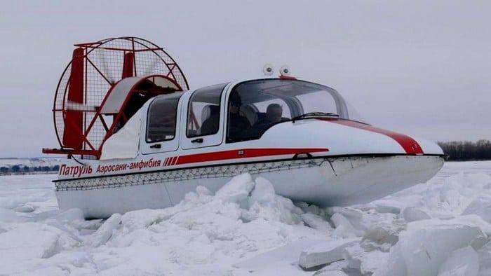 Аэросани Патруль в снегу