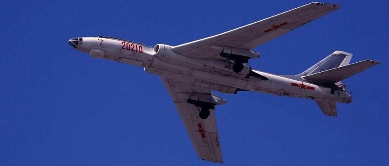 Советский многоцелевой самолет Ту-16