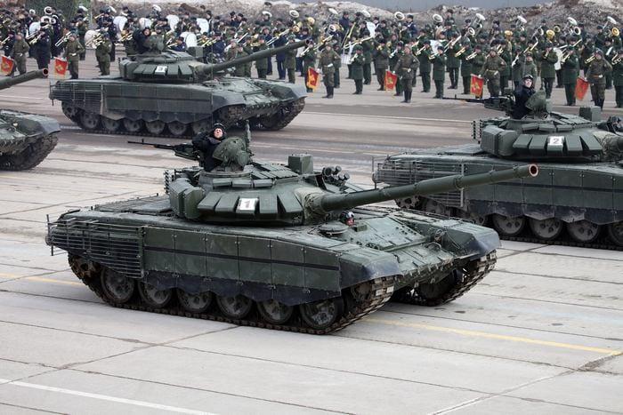 Т-72 на параде