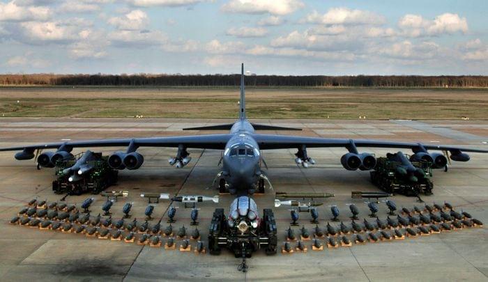 Б-52 вооружение