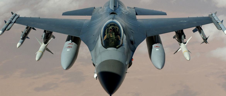 истребитель ф-16