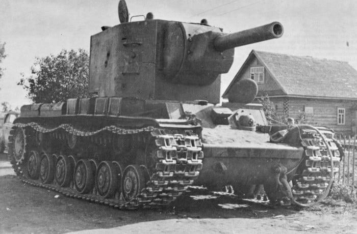Русский танк кв 2