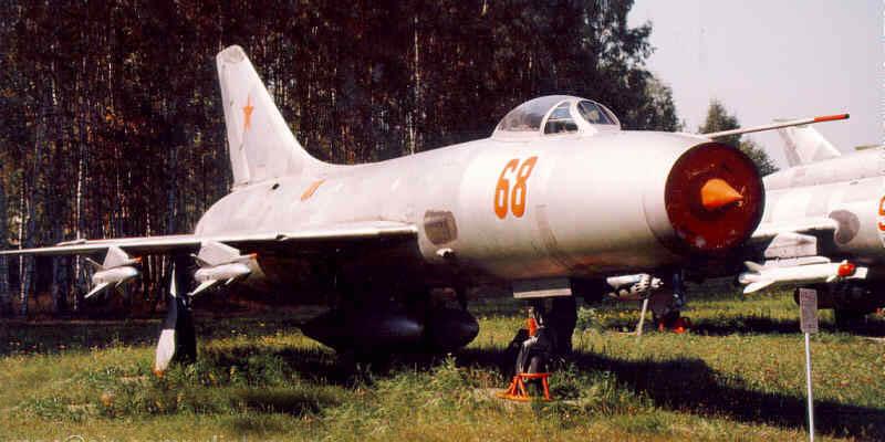 истребитель су-9