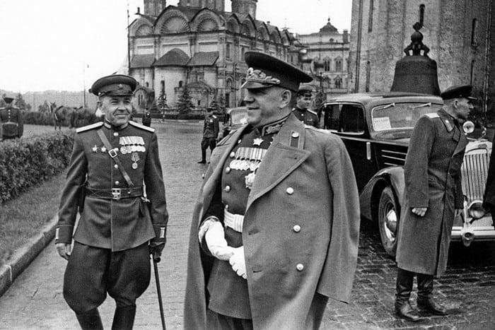 Жуков в форме 1945 год