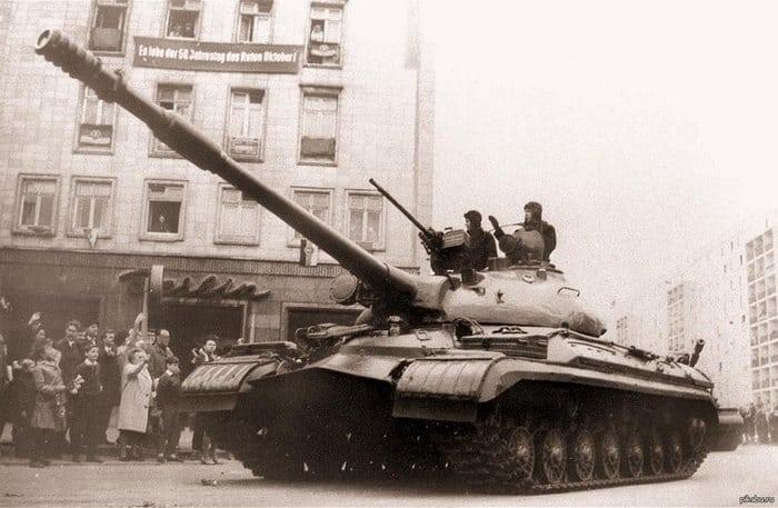 Т-10 - советский тяжелый танк