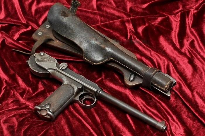 Пистолет Борхардта К-93