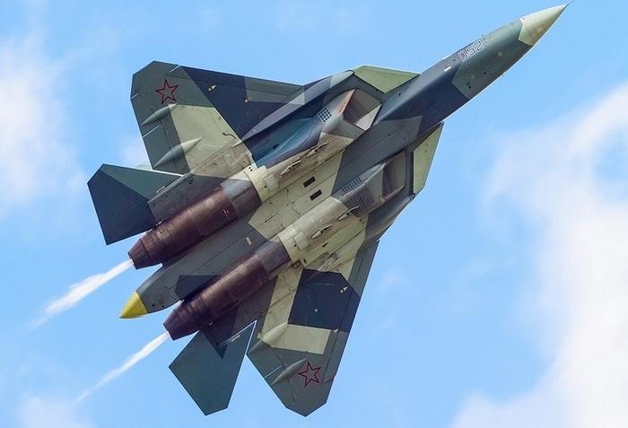 Самолёт СУ-57