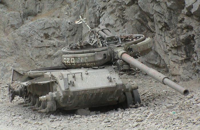 Т-62 подбитый