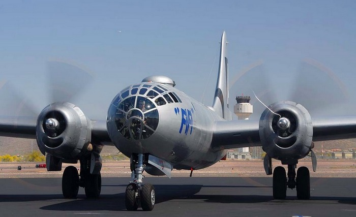 Б-29 Суперфортресс