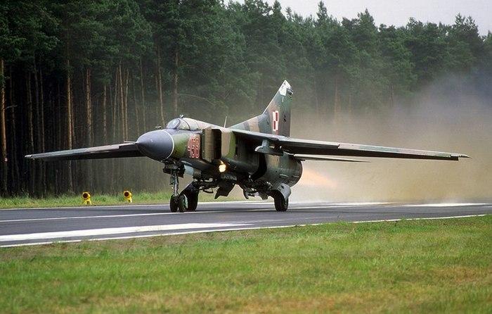 МИГ-23 взлёт